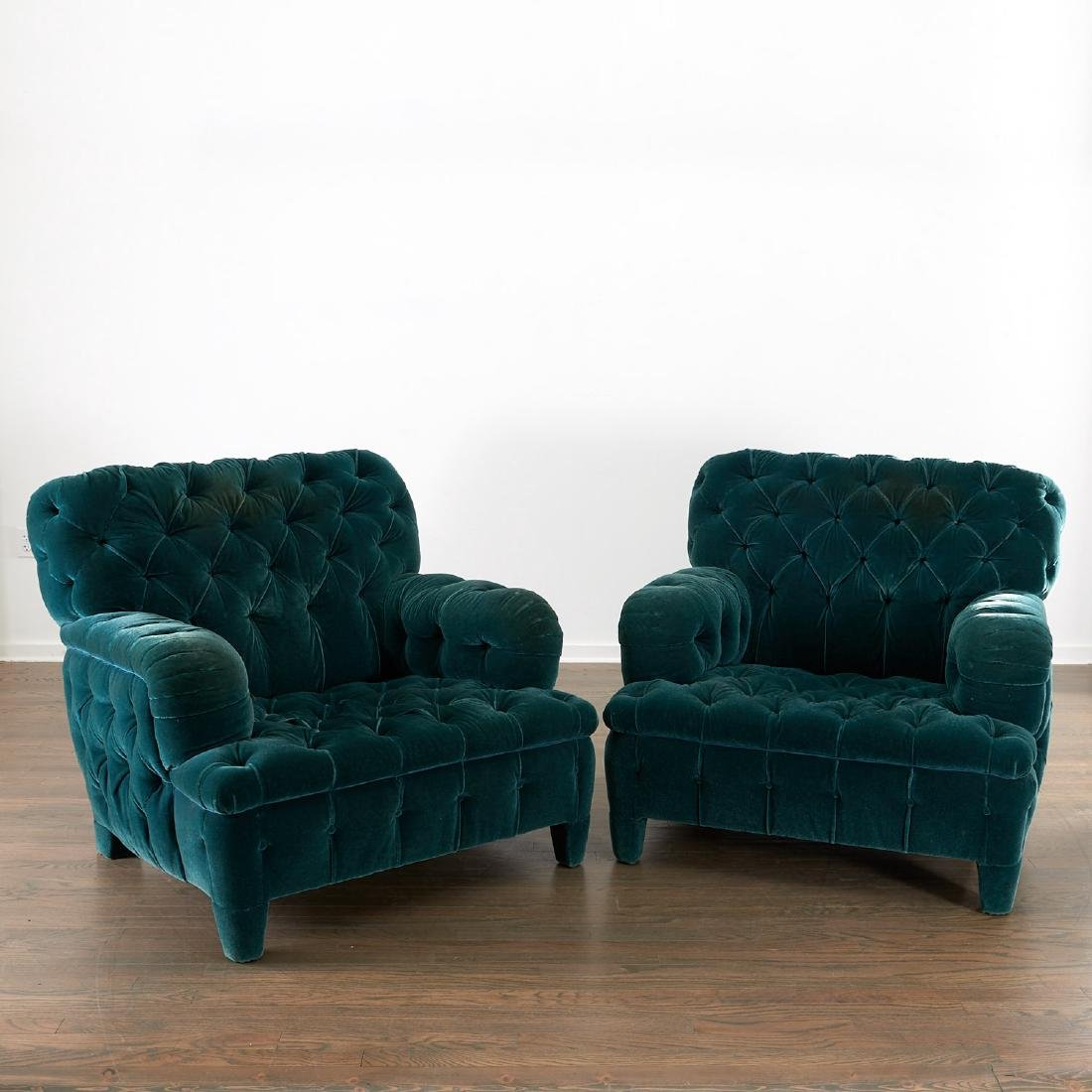 Important pair of club chairs by Jacques Grange - 2