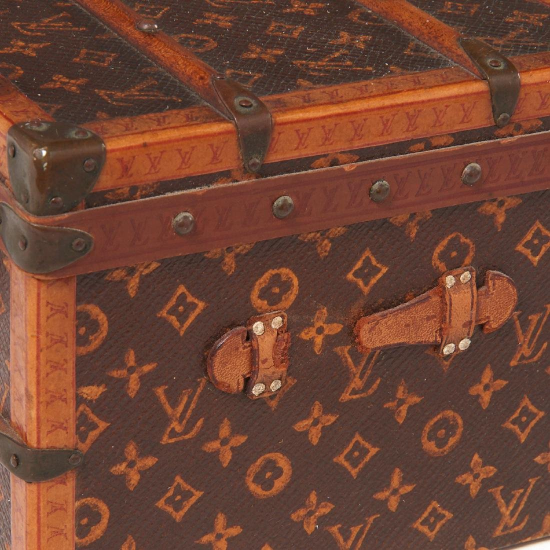 "Rare Louis Vuitton ""Malle Fleurs"" miniature trunk - 2"