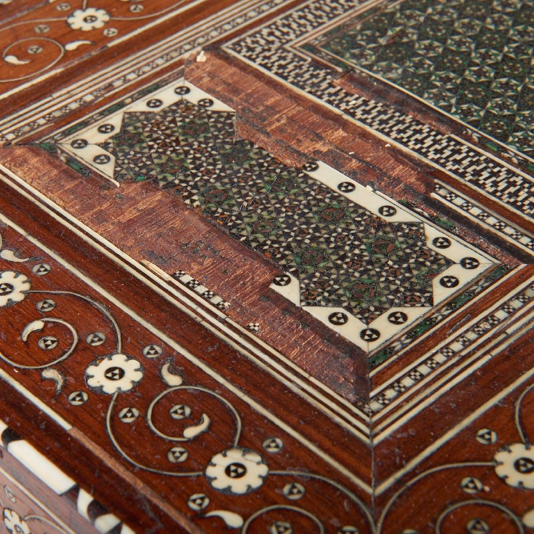 Damascus inlaid tabletop chest of drawers - 5
