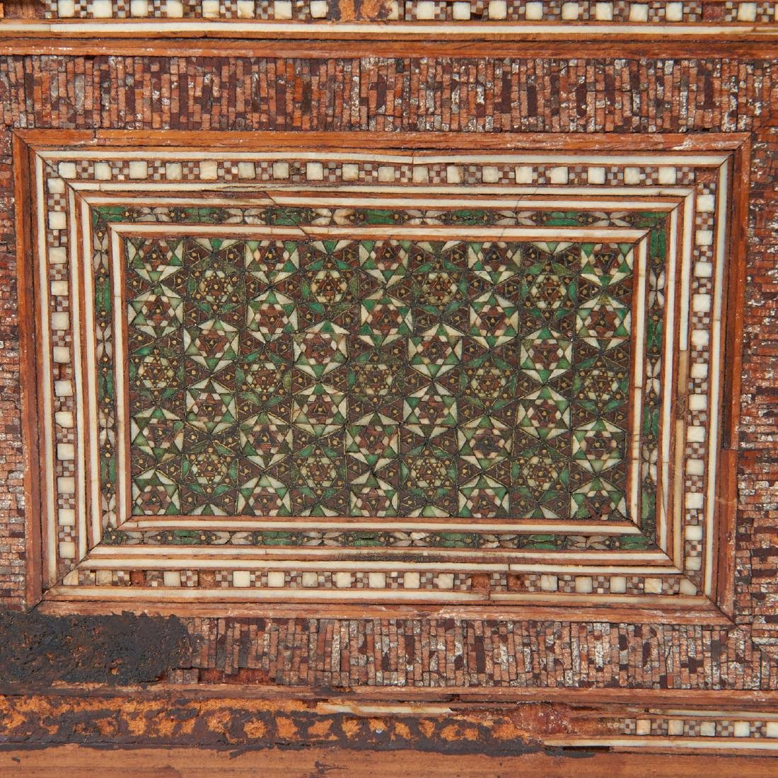 Damascus inlaid tabletop chest of drawers - 6