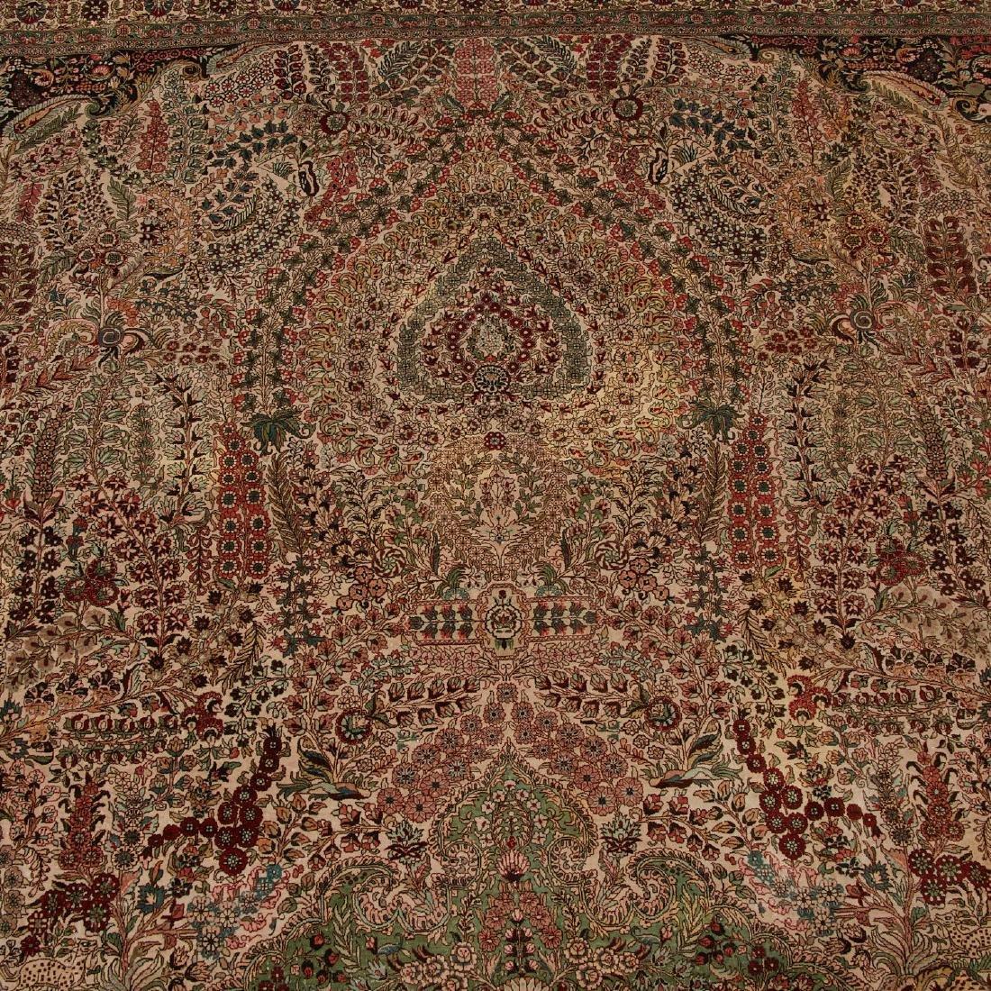 Very fine Hereke style silk rug