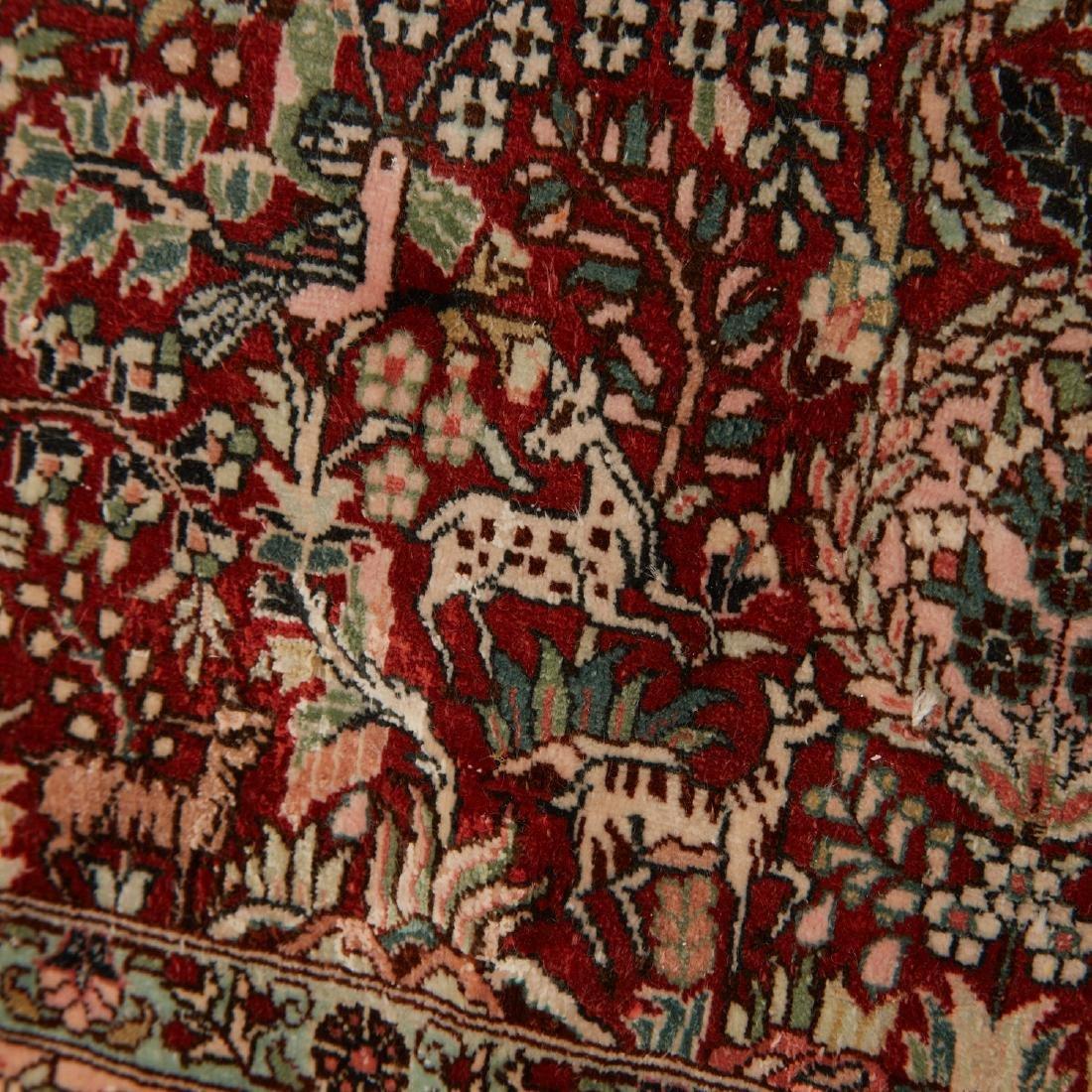 Very fine Hereke style silk rug - 3