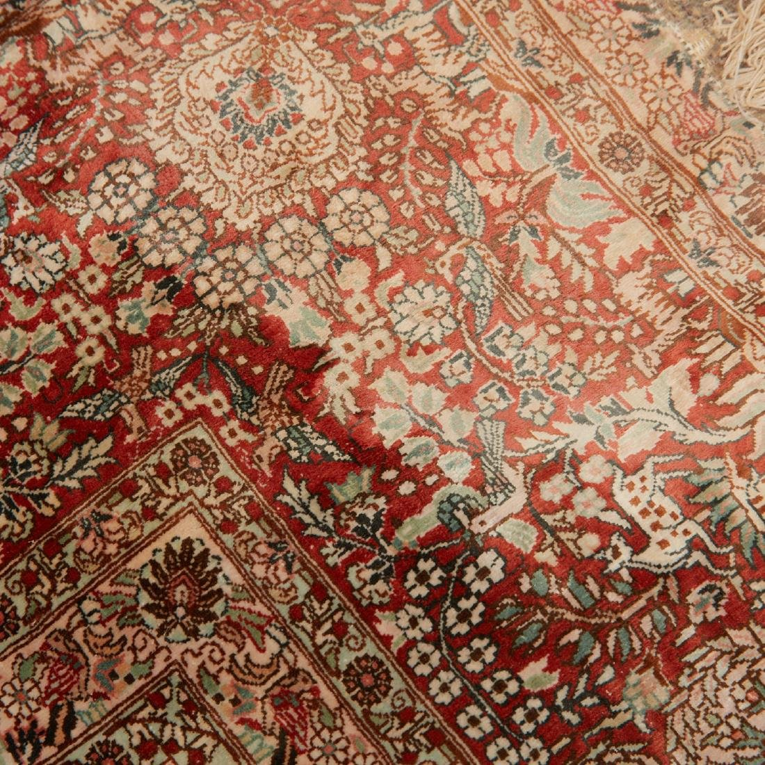 Very fine Hereke style silk rug - 5