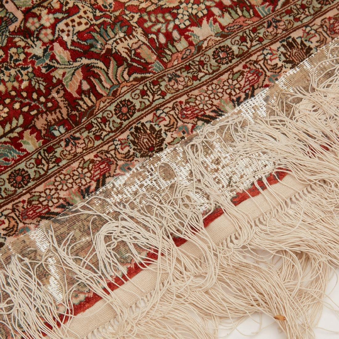 Very fine Hereke style silk rug - 6