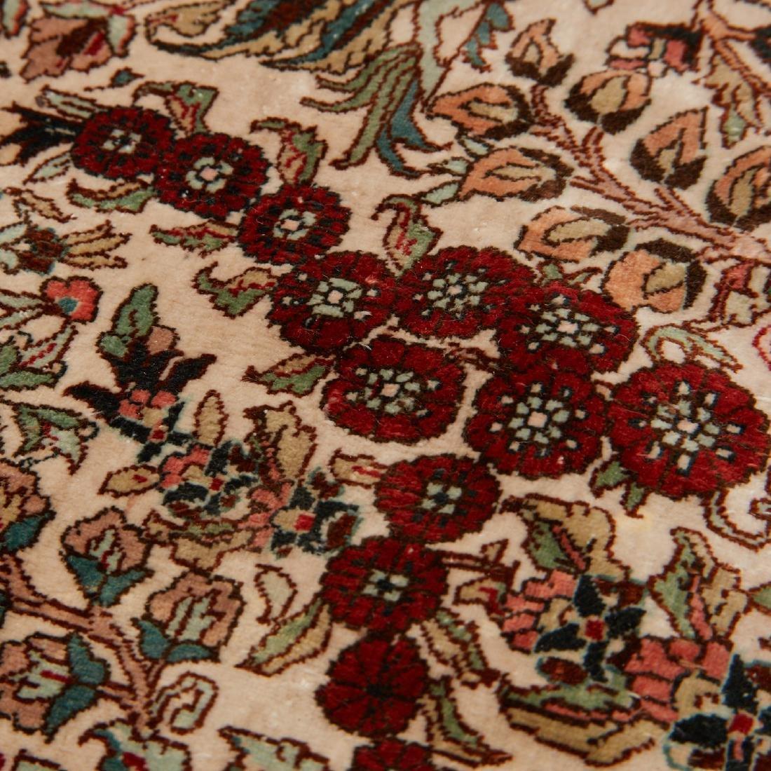 Very fine Hereke style silk rug - 8