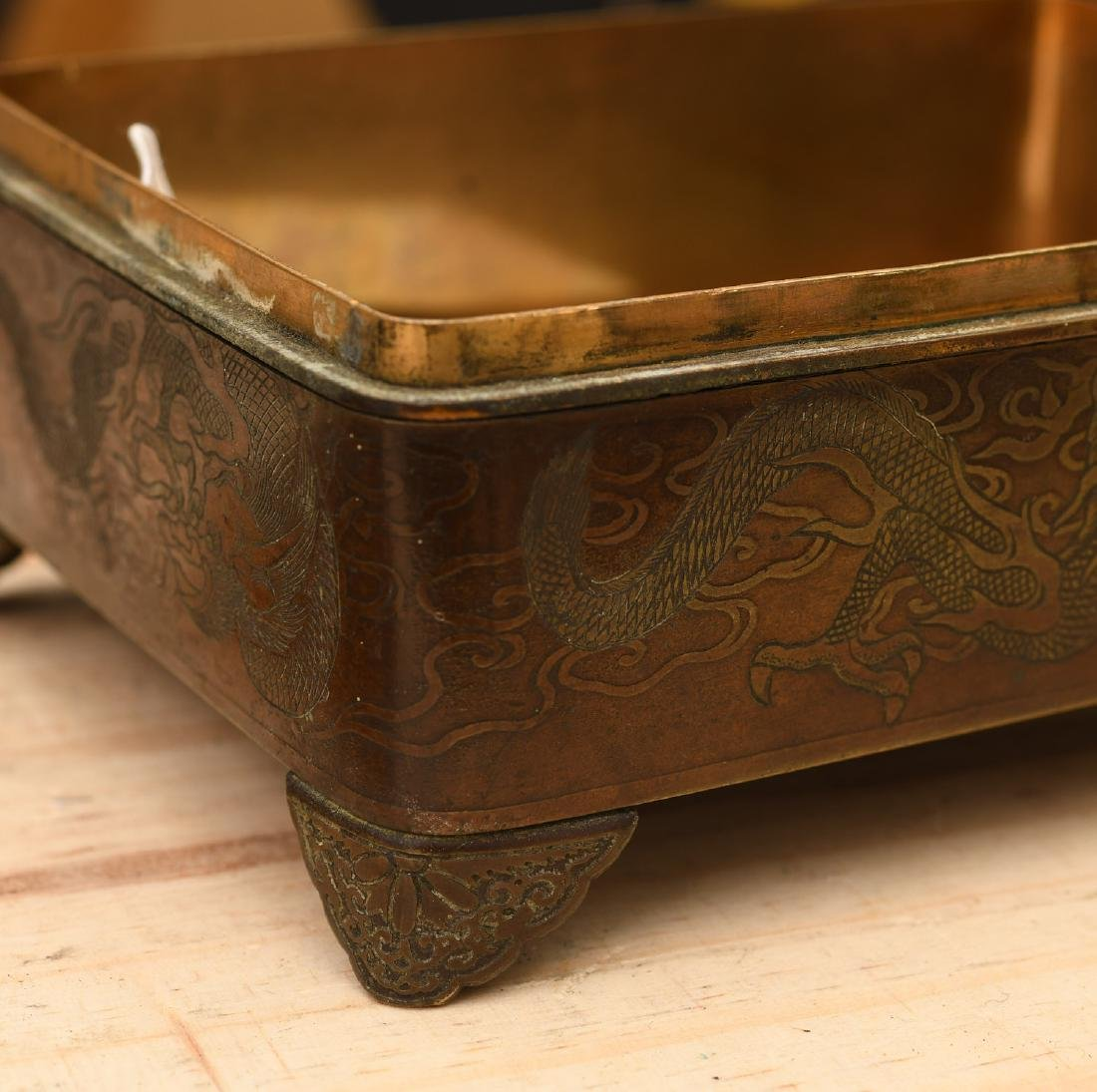 Japanese Meiji period bronze footed box - 3