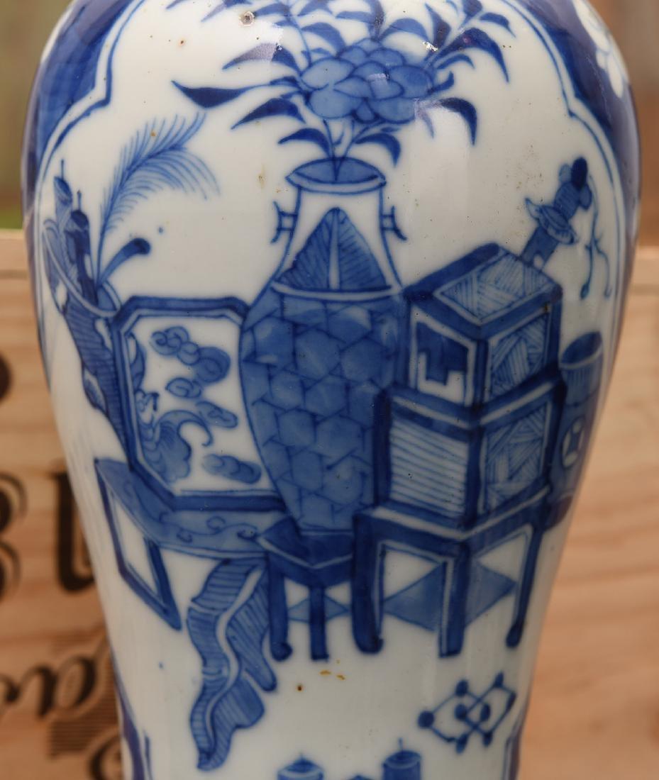 Chinese blue and white porcelain vasiform lamp - 4