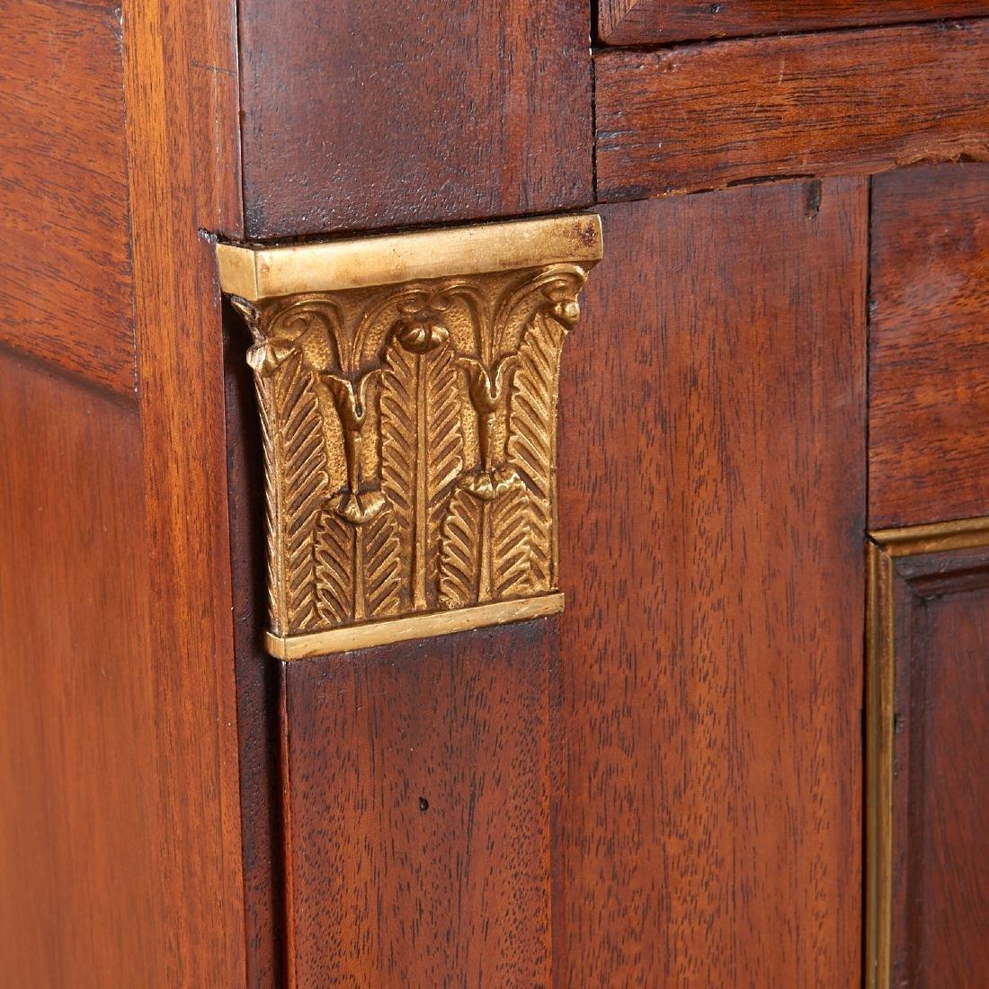 Regency style mahogany cabinet - 2