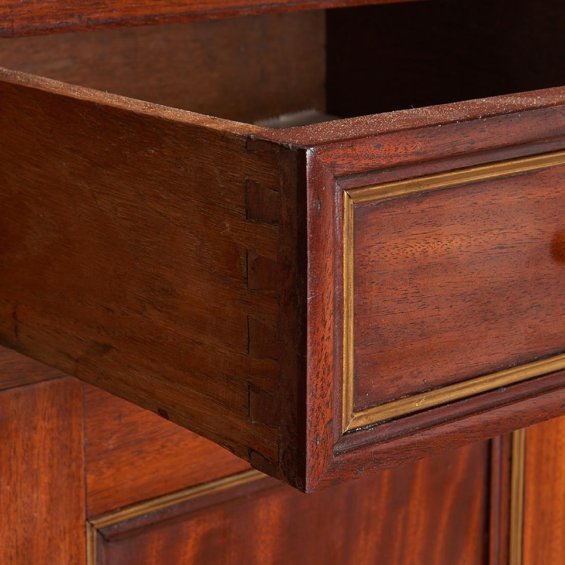 Regency style mahogany cabinet - 4