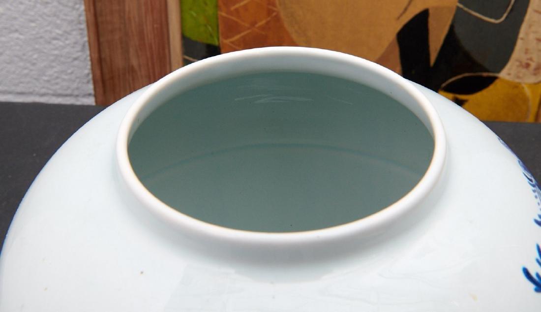 (2) Delft blue and white tobacco jars - 5