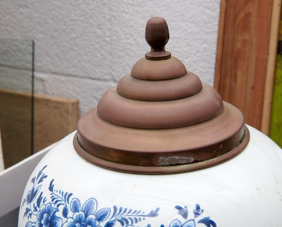 (2) Delft blue and white tobacco jars - 7