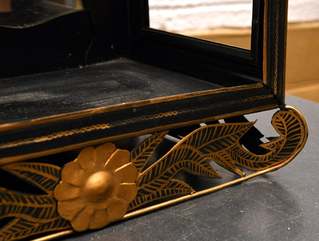 Chinoiserie gilt tole mirrored wall display - 6