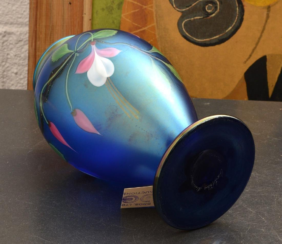Orient & Flume Fuschia vase - 6