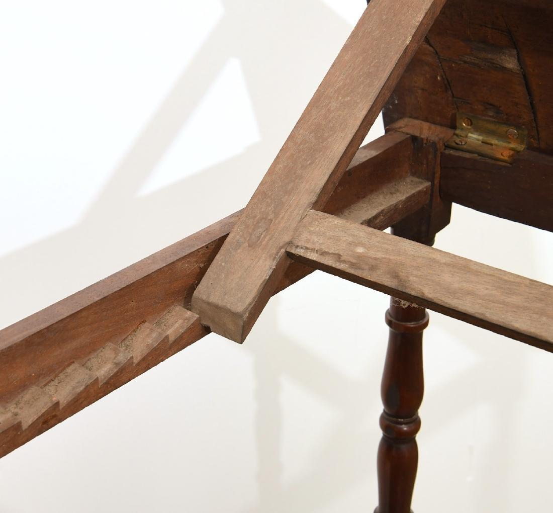 George III style lectern etagere - 7