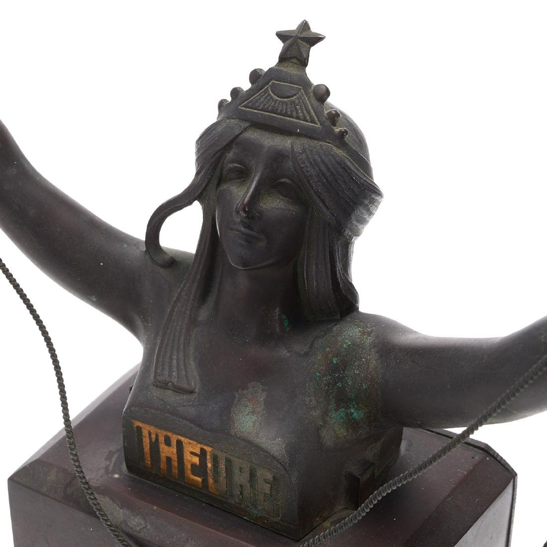 Art Nouveau patinated bronze figural clock - 3
