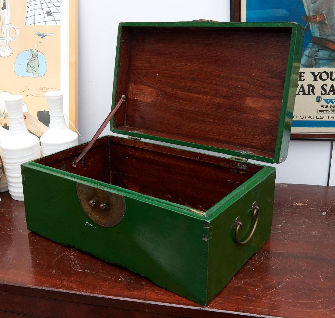 Chinese apple green lacquered wood box - 7