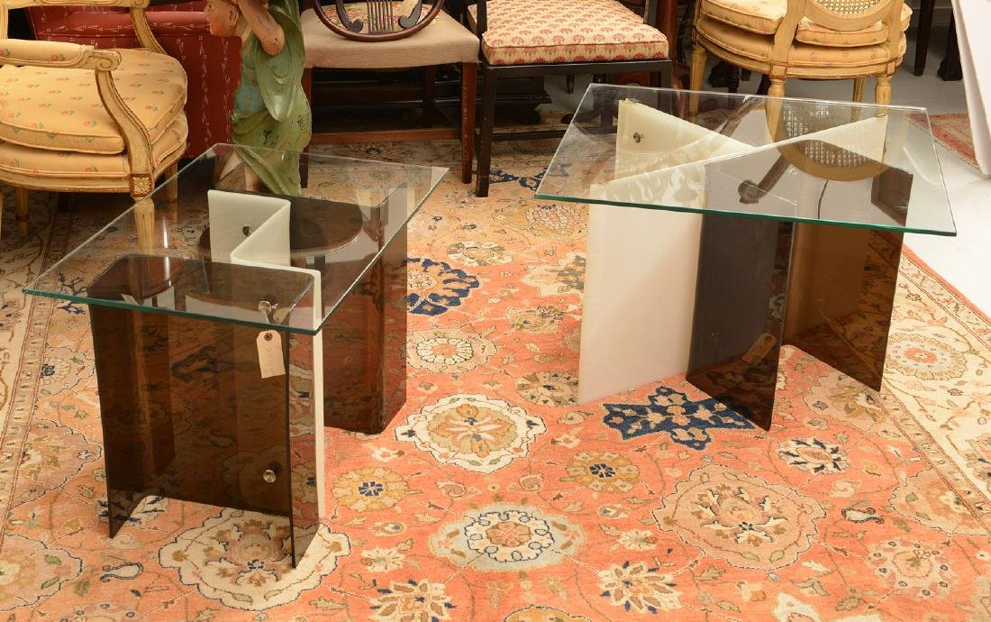 Pair Space Age acrylic side tables - 4
