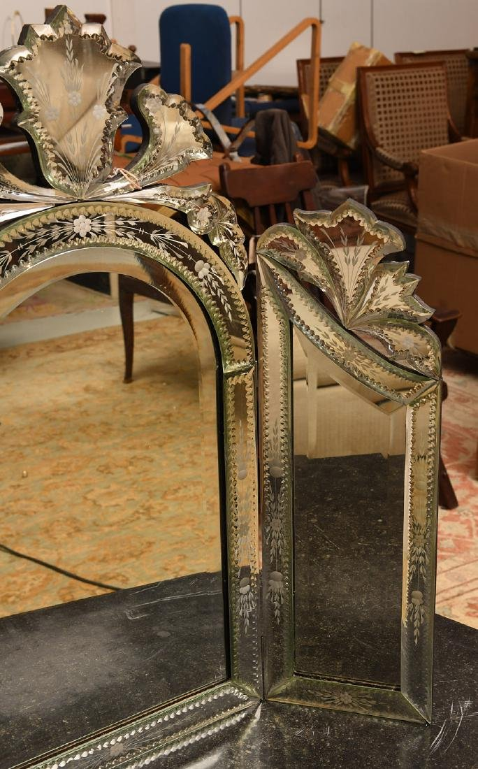 Venetian style tabletop dressing mirror - 3