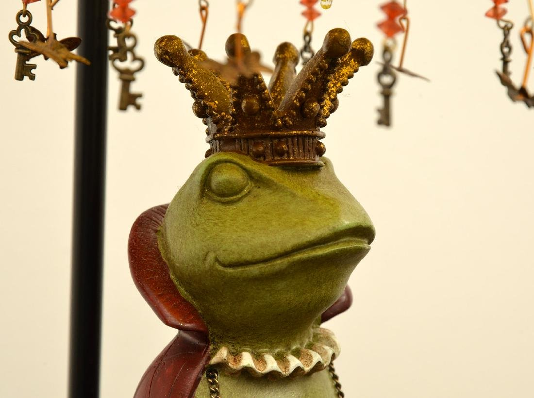 Frog prince lamp and figural bookends - 3