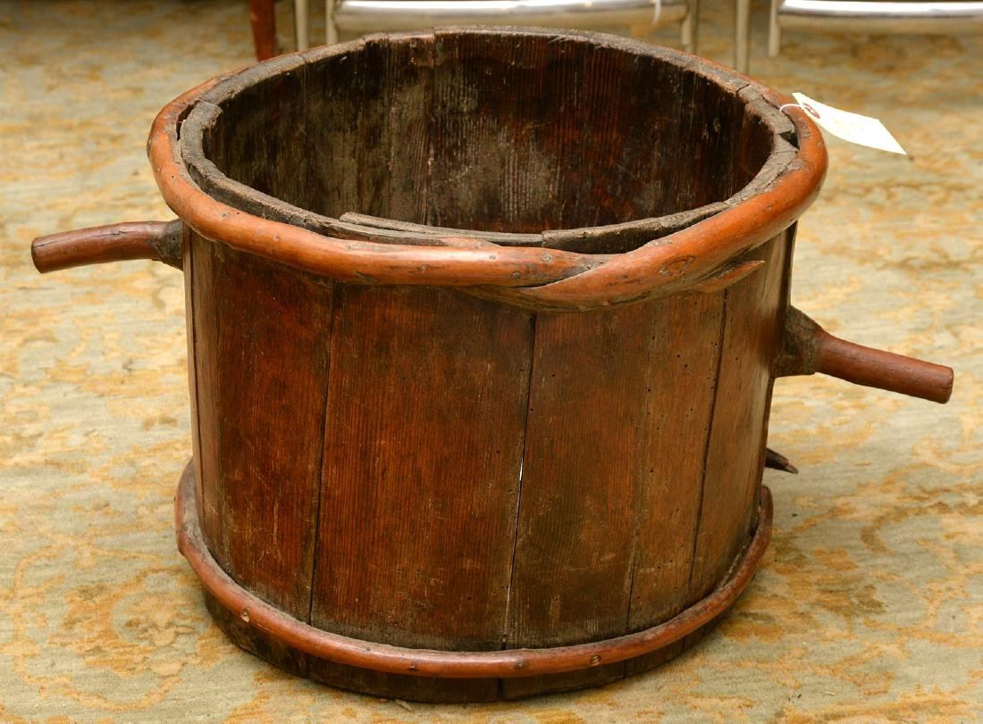 French provincial pail