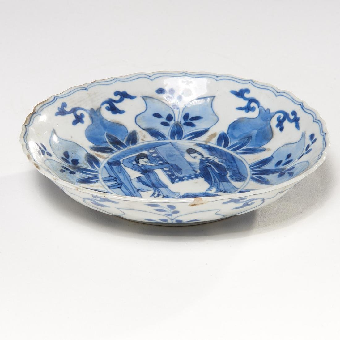 Old Chinese blue and white kraak-ware dish - 3