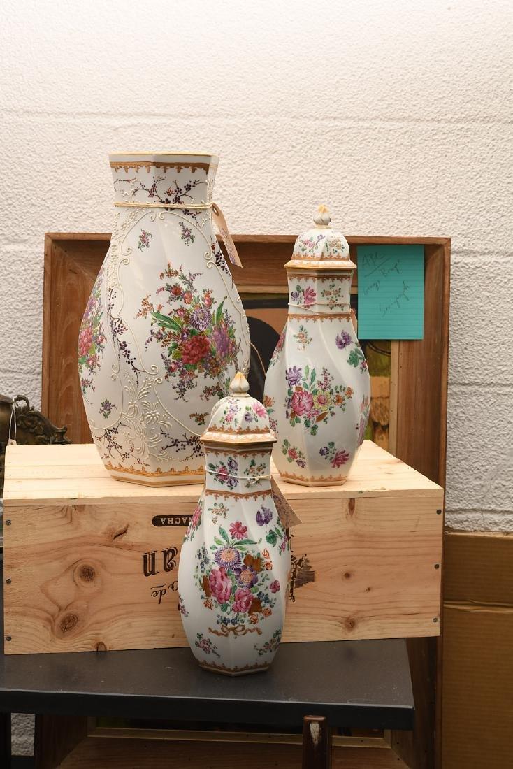 Samson Chinese Export style porcelain garniture