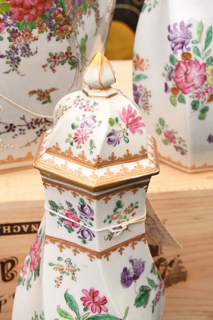 Samson Chinese Export style porcelain garniture - 3