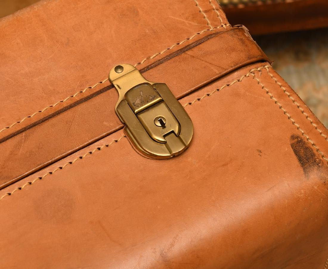 Brown leather Hartmann suitcase - 2