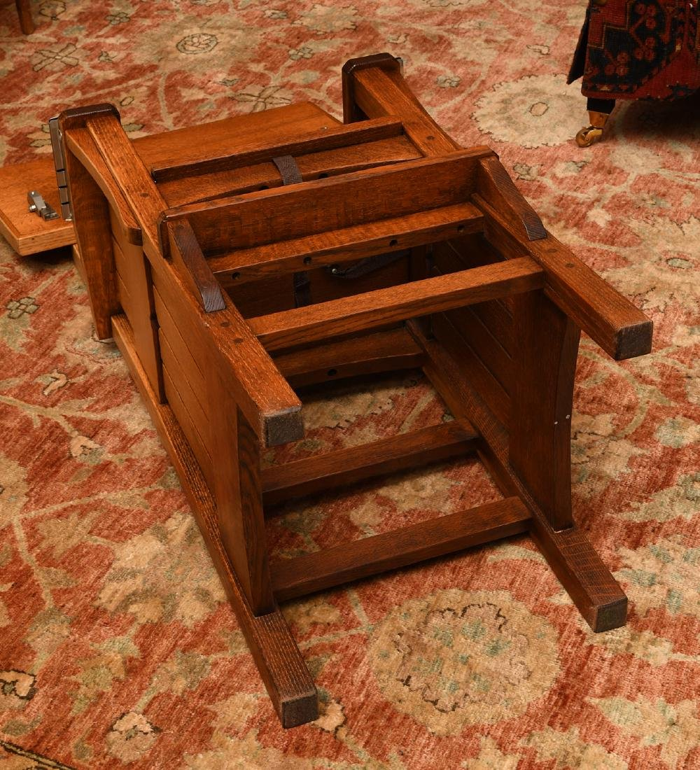 Arts & Crafts style oak high chair - 8
