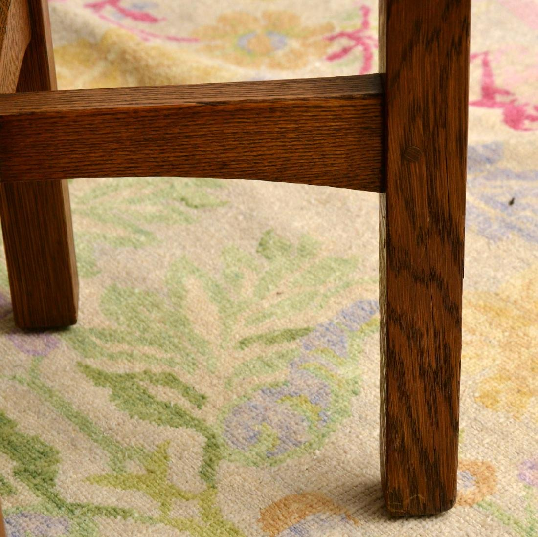 Arts & Crafts style oak side table - 4