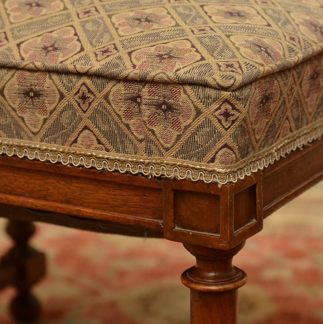 Upholstered square mahogany bench - 3