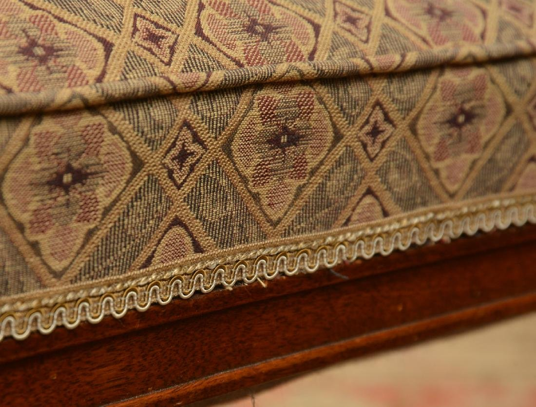 Upholstered square mahogany bench - 4