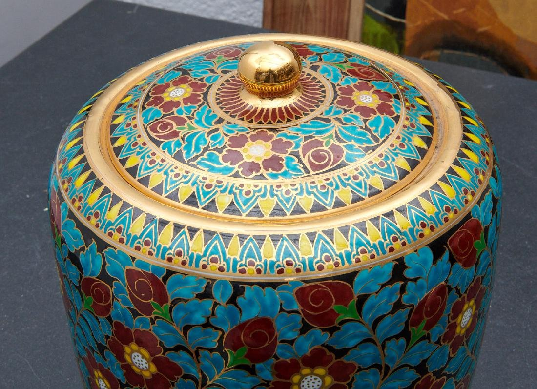 Attractive Vienna style porcelain humidor - 2