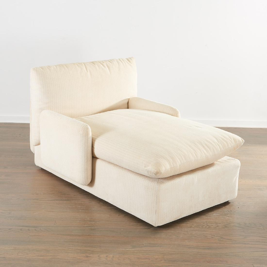 Gae Aulenti upholstered chaise longue