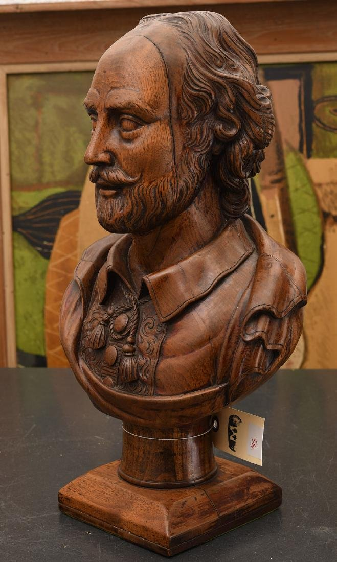 Carved walnut bust of William Shakespeare - 4