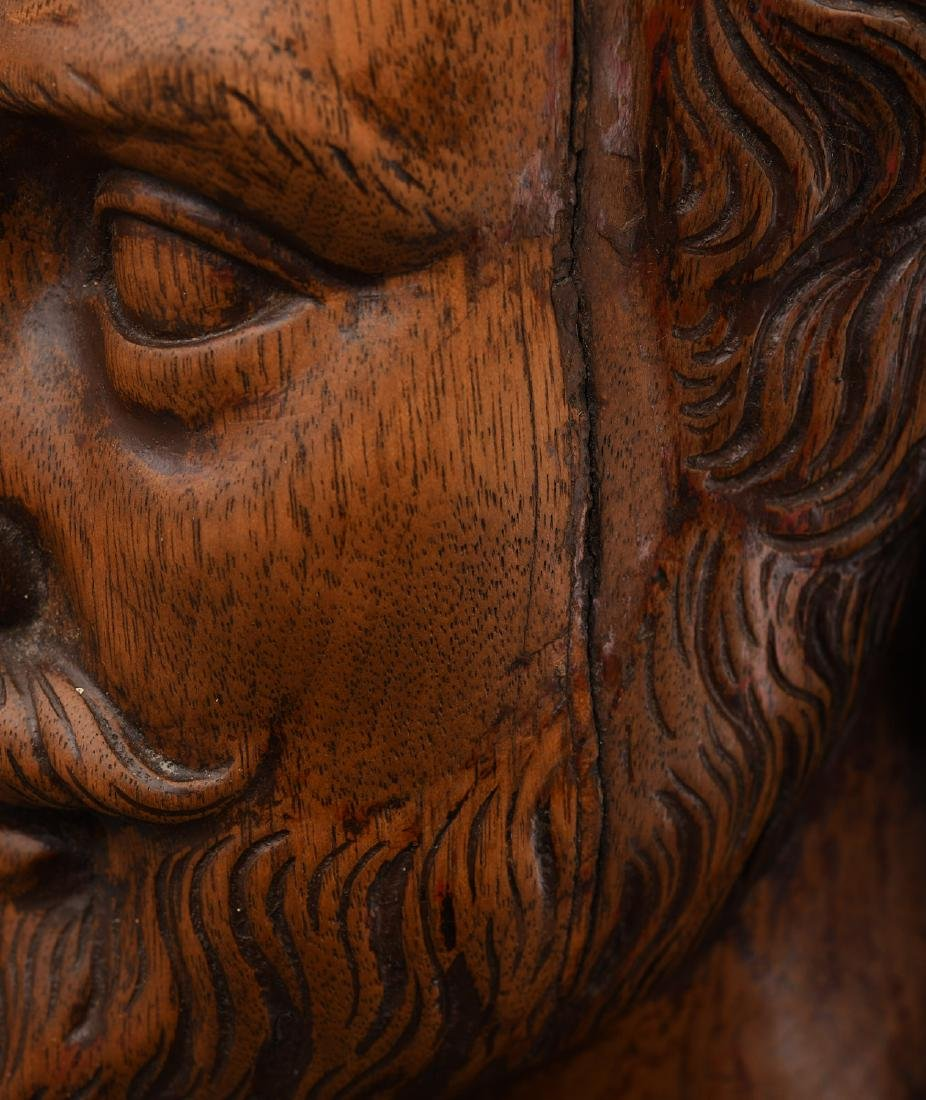 Carved walnut bust of William Shakespeare - 5
