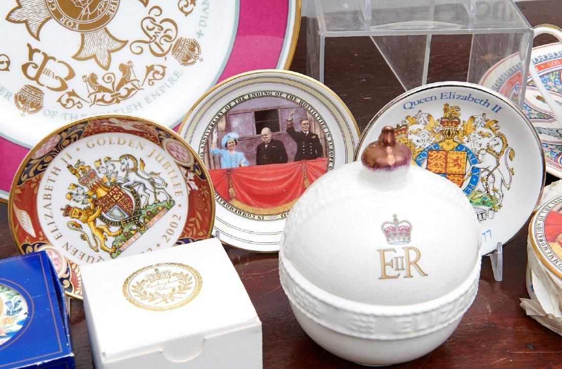 (40+) English Royalty commemorative porcelains - 4