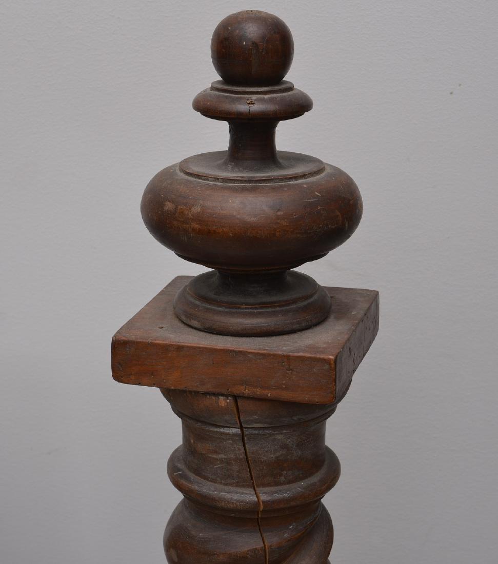 Spanish baroque carved walnut bedstead - 4