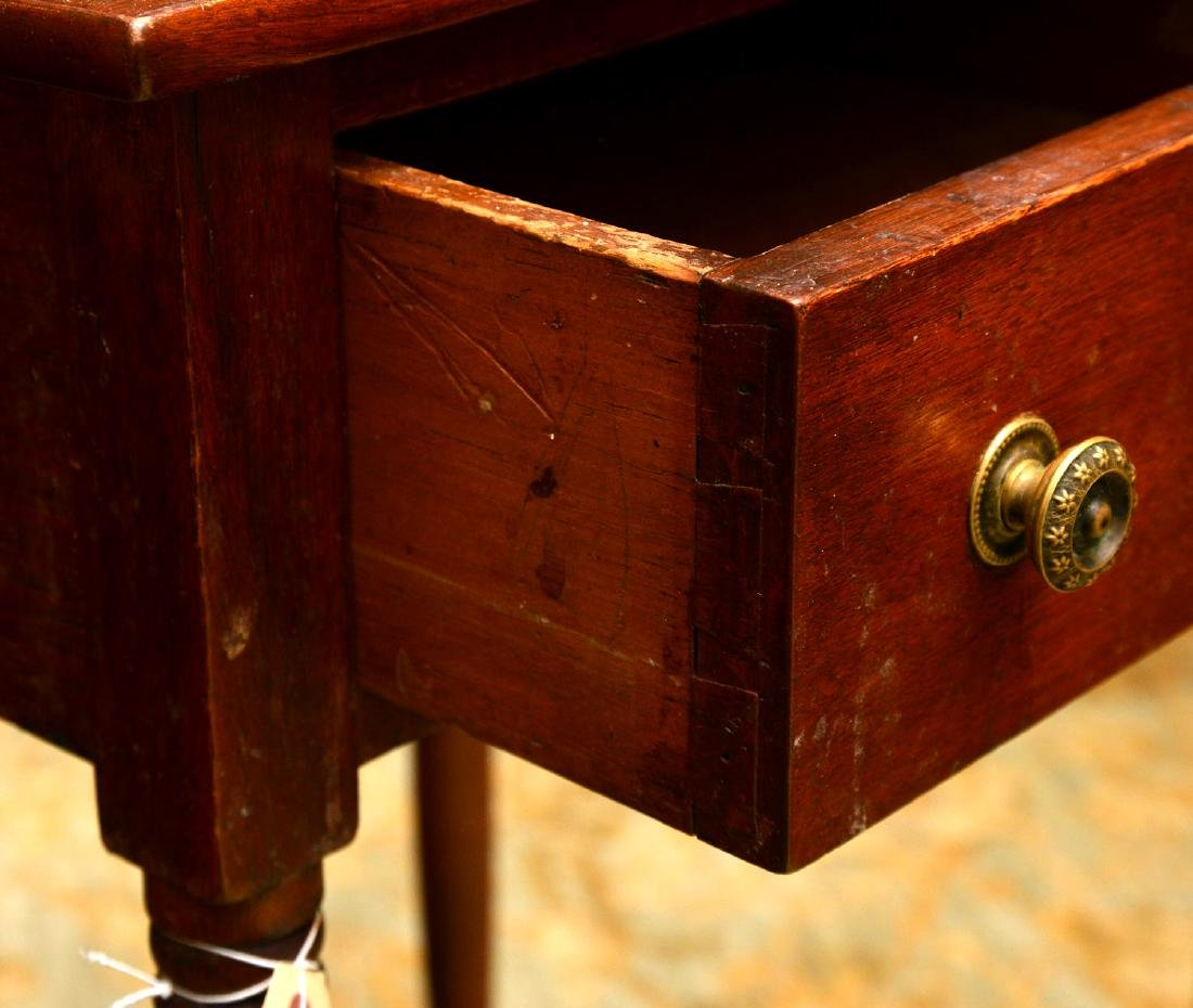American mahogany stand - 3