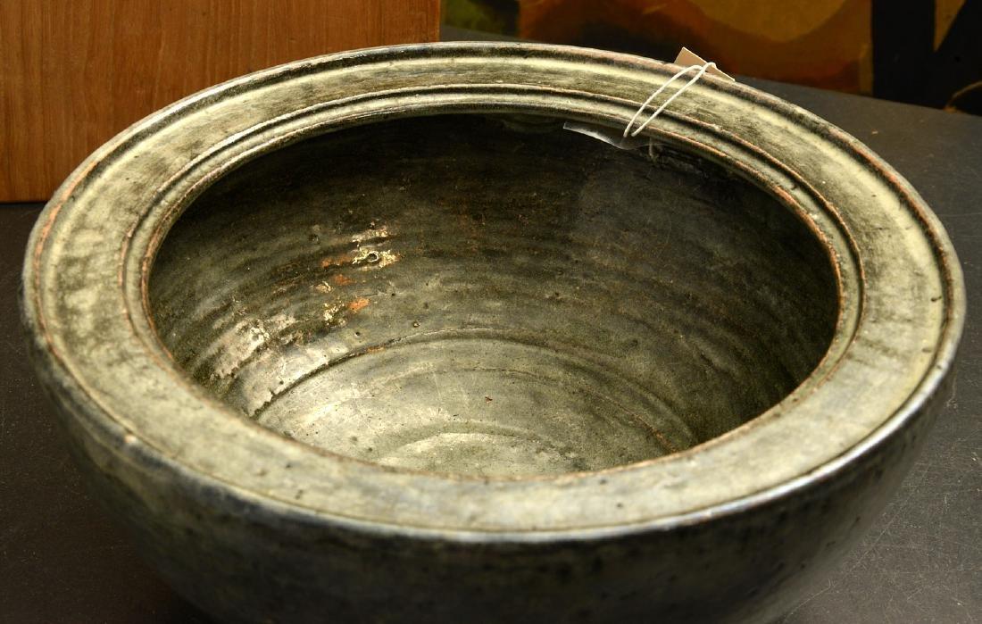 Japanese studio ceramic covered bowl - 4