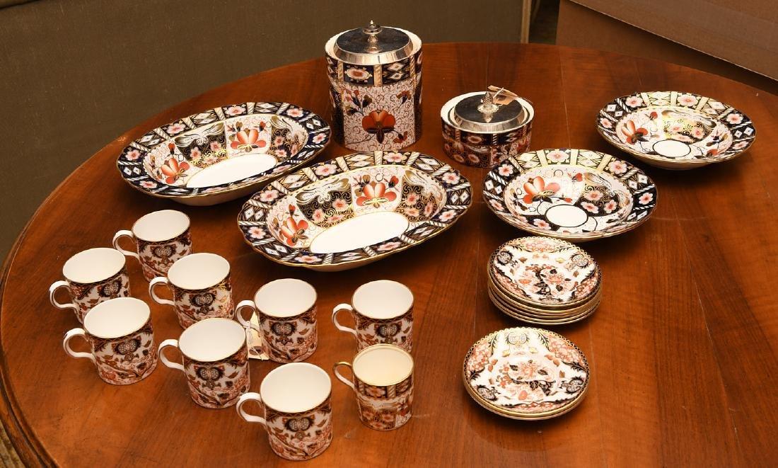 Derby, Davenport, & Aynsley Imari porcelains group