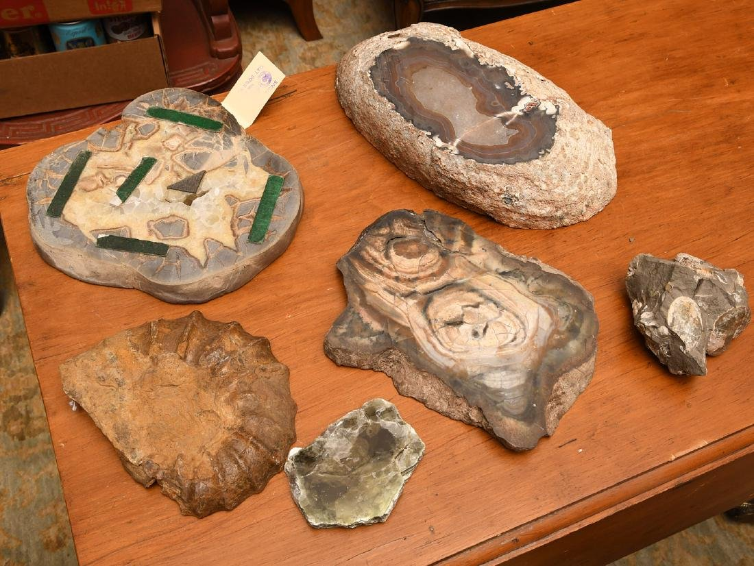 Group mineral specimens and geodes - 8