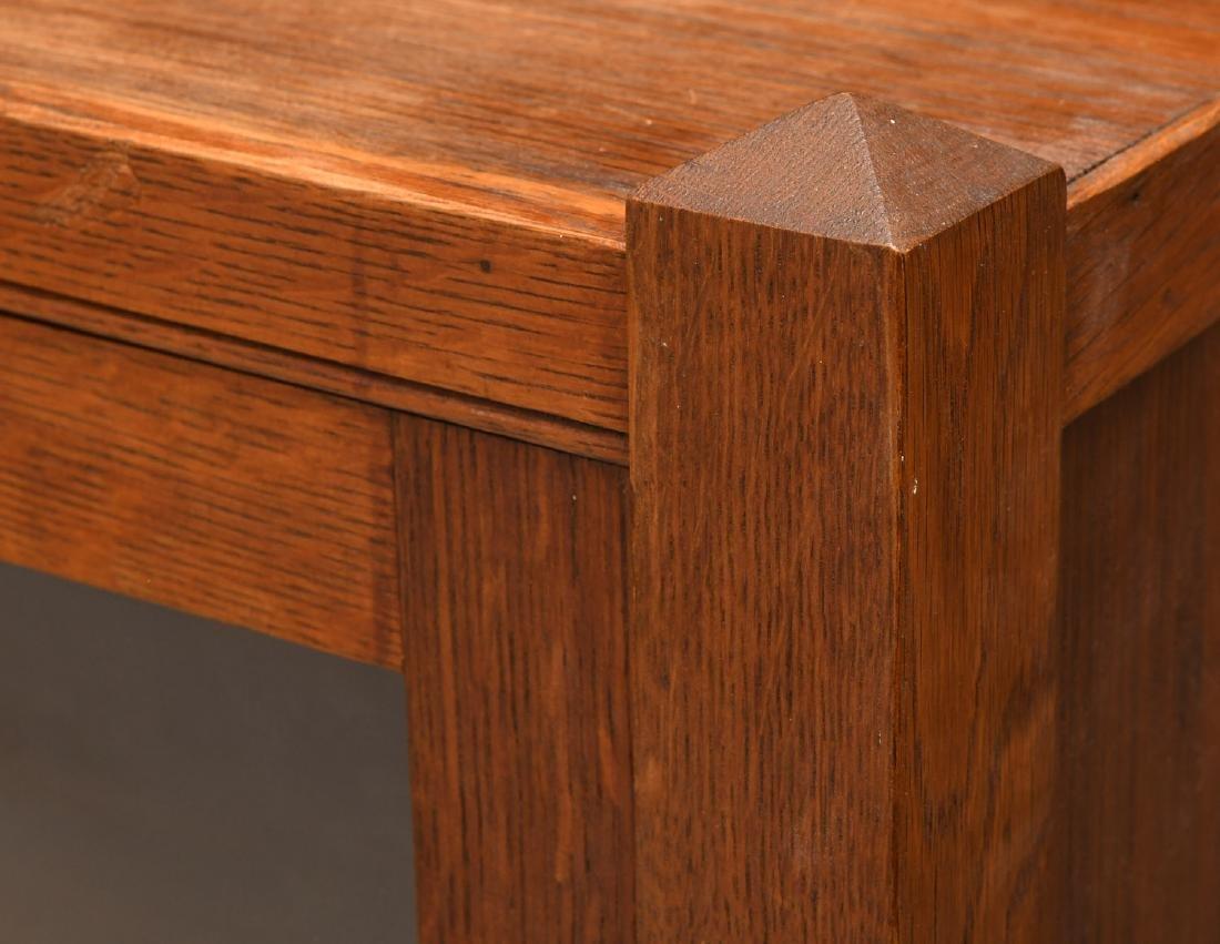 Arts & Crafts oak bookcase cabinet - 3