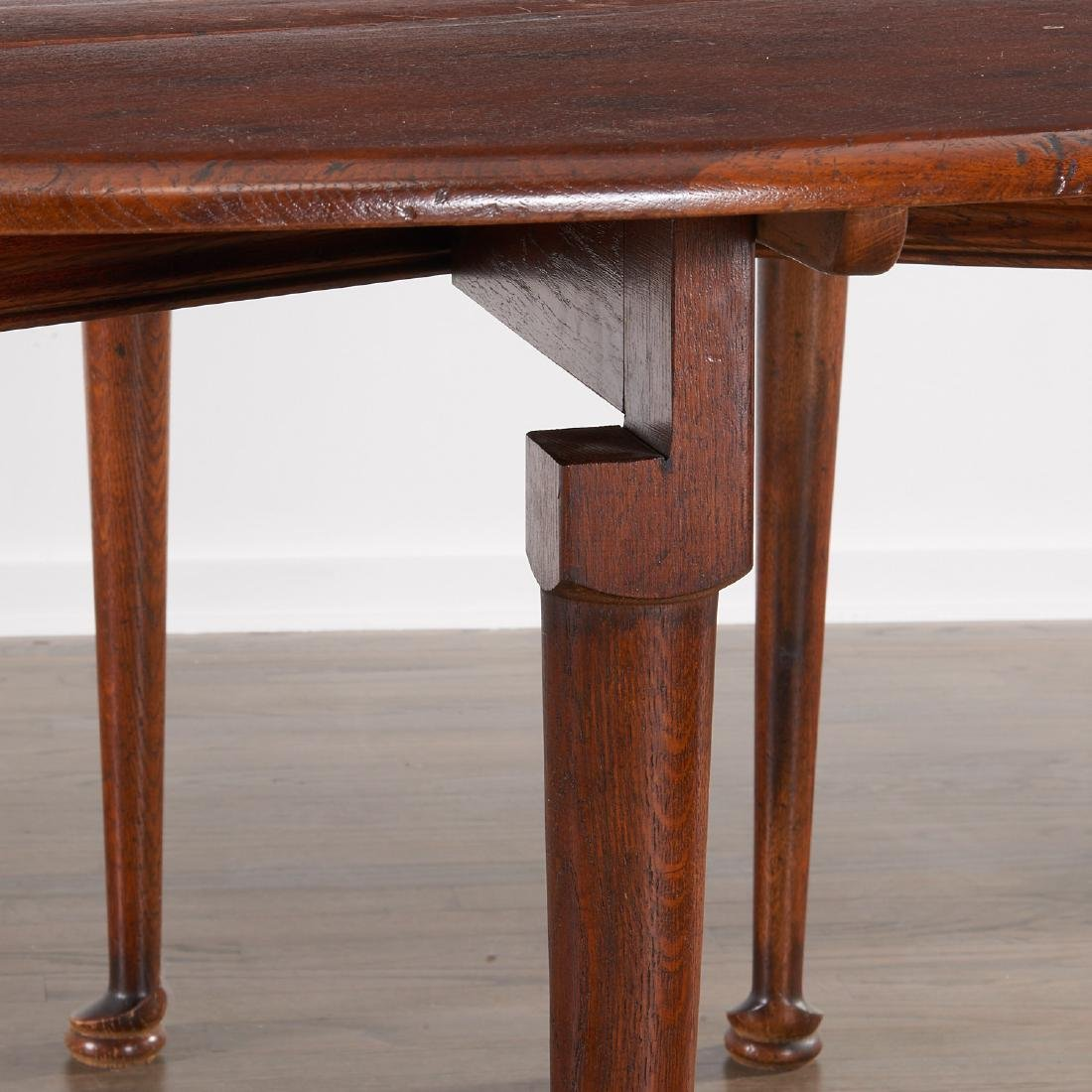 George II style drop leaf hunt table - 3