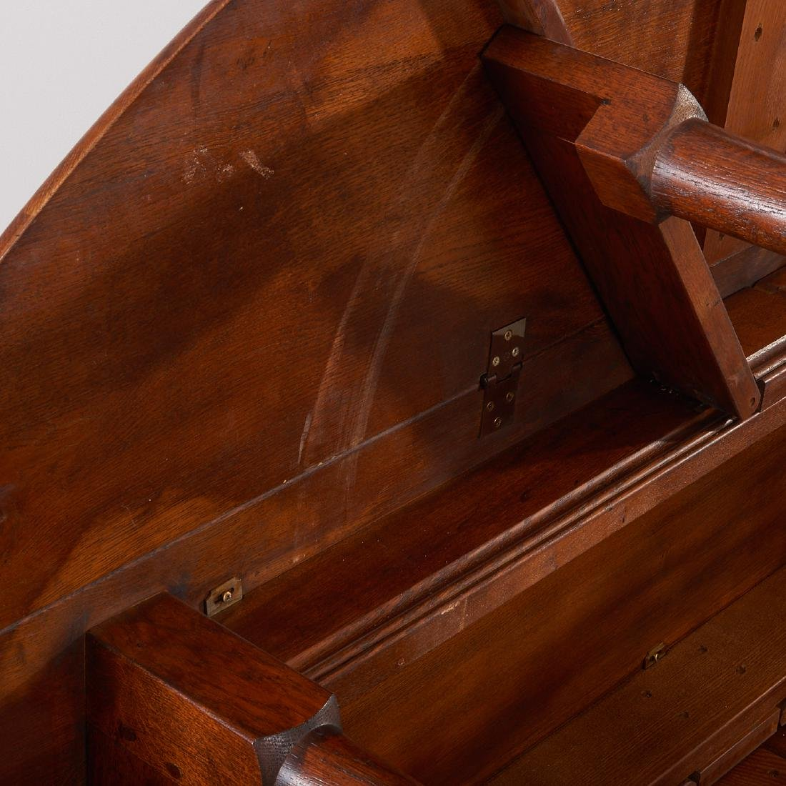 George II style drop leaf hunt table - 5