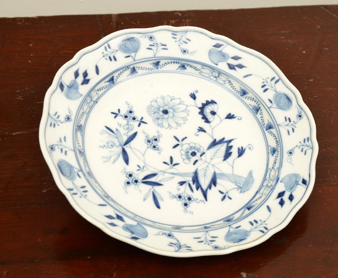 Assembled German blue and white porcelains group - 5