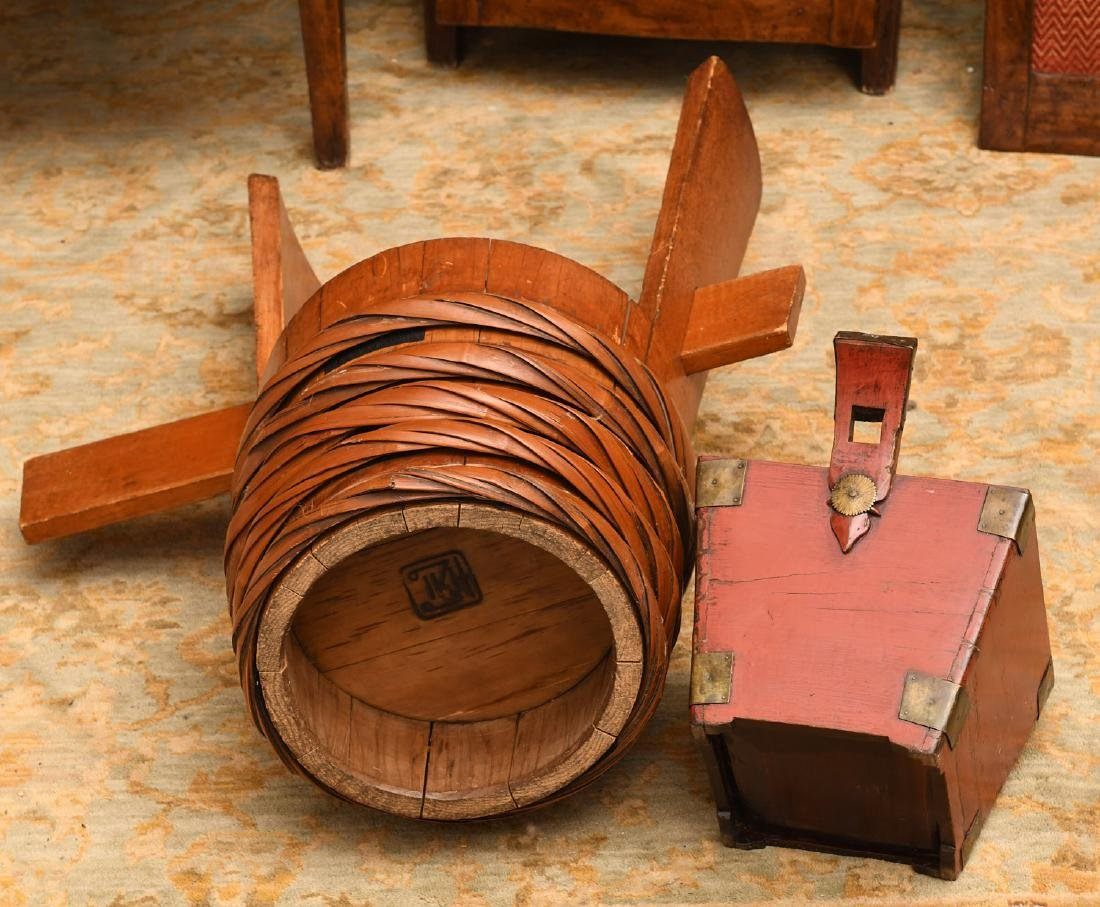 Asian wood pail and Japanese red lacquer tea caddy - 7