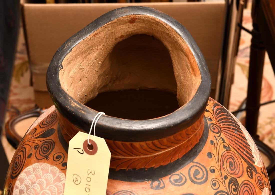 Mexican burnished clay Folk Art vase - 4