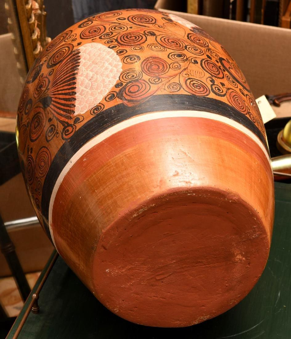 Mexican burnished clay Folk Art vase - 5