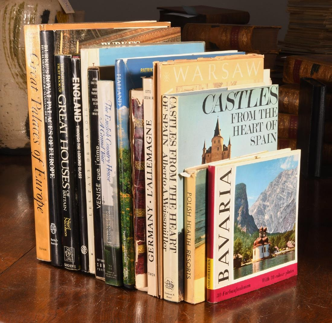 BOOKS: (14) Vols Palaces & Castles of Europe